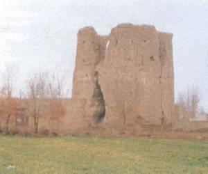 مراحل بازسازی برج کبوتر جوی آباددردهه 1380-0