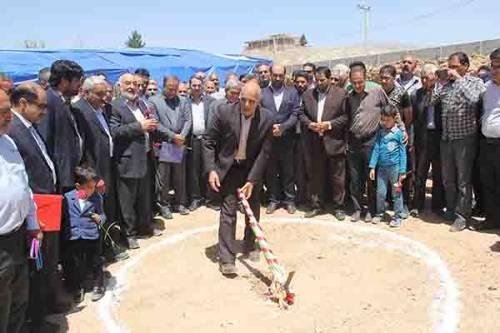 گلنگ زنی سرای سالمندان فرزانگان خمینی شهر